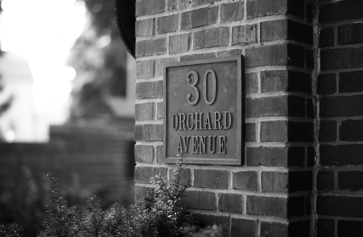30 Orchard Avenue sign
